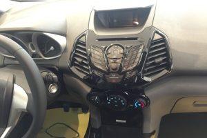 hệ thống giải trí xe ford ecosport 2017