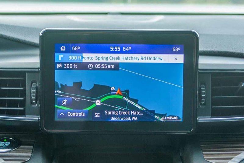 màn hình ford explorer 2021 tại ford long biên