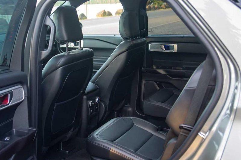 hàng ghế thứ 2 ford explorer 2021 tại ford long biên
